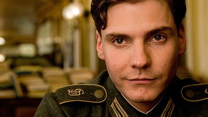 rtuk_feature_inglourious_basterds_07
